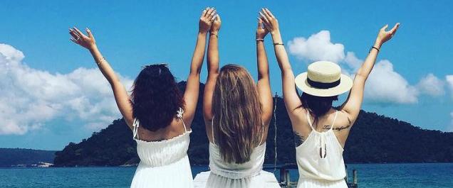 5 kiểu tóc đẹp cho chuyến du lịch sắp tới của mọi cô gái